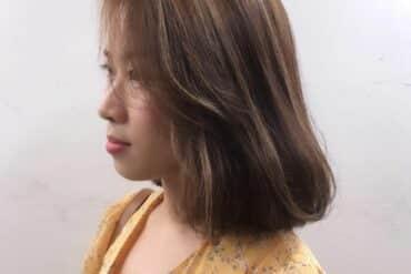 柔美弧形內捲中長髮