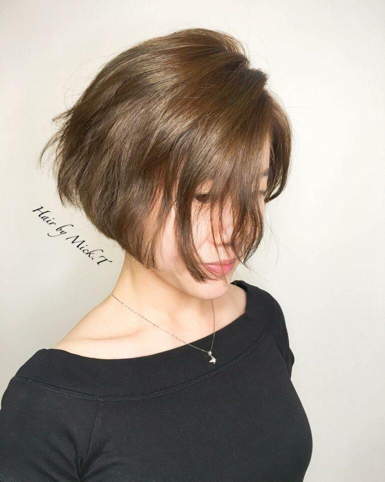 清爽顯五官立體短髮