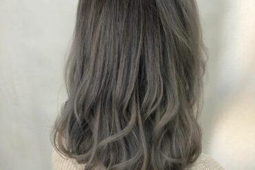 粉灰及肩隨性捲髮
